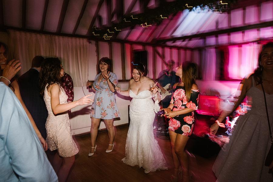 wedding-photographer-essex-c-m-101